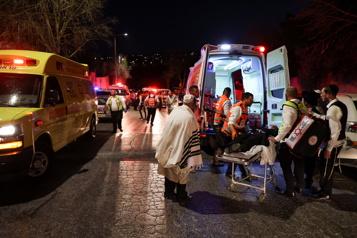 Israël Deux morts après l'effondrement de gradins dans une synagogue)