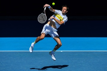 Internationaux d'Australie Daniil Medvedev va défier Novak Djokovic en finale)