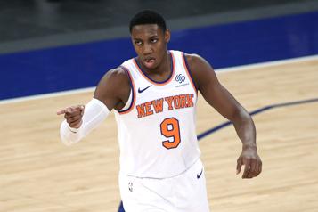 Le Canadien RJ Barrett brille dans une autre victoire des Knicks)