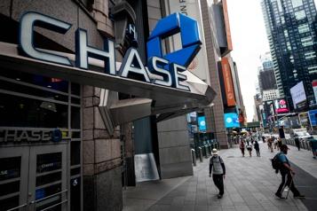 JPMorgan Chase réduit les réserves liées à la pandémie, le profit bondit)