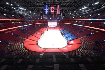 COVID-19 au Québec Jusqu'à 2500personnes dans les grandes salles et les stades)