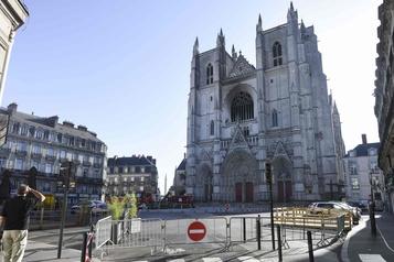 Incendie dans la cathédrale de Nantes: un bénévole remis en liberté)