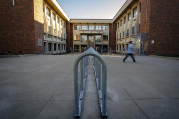 Malgré les défis, la réouverture des écoles s'est déroulée sans anicroche)
