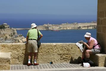 Malte ferme ses frontières aux voyageurs non vaccinés)