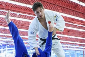 Championnats du monde de judo Étienne Briand surpris en fin de combat)