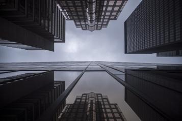 Des chefs d'entreprises réclament du fédéral un plan de réouverture clair)