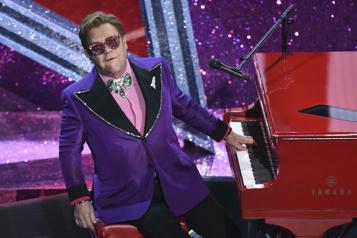 Elton John fera ses adieux en Europe et en Amérique du Nord en 2022)