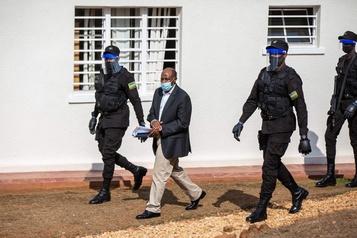 L'ancien patron d'Hôtel Rwanda arrêté à Kigali)
