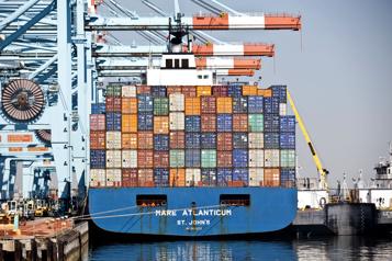 Le déficit commercial américain atteint un nouveau record en mars)