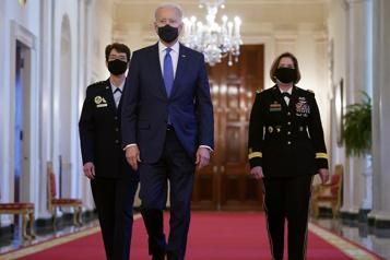 Joe Biden nomme deux femmes à la tête de commandements militaires)