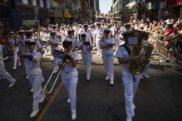 Abandon du terme «seaman»: des commentaires haineux enragent un officier)