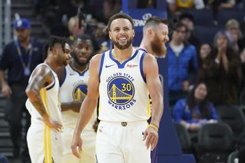 Stephen Curry ratera trois mois d'activités
