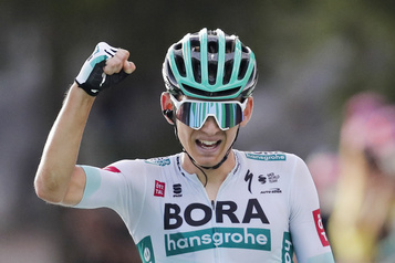 Tour de France Kämna sauve les Bora, Houle 57e)
