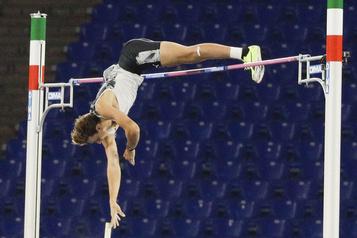 Athlétisme: Duplantis plus haut que Bubka)