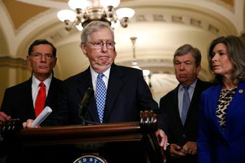 «Lynchage»: le chef des républicains au Sénat critique Trump