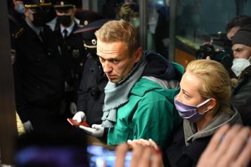 L'opposant Alexeï Navalny arrêté à son retour à Moscou)
