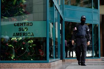 Venezuela: les bureaux de l'opposant Guaidó perquisitionnés