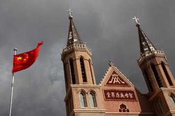 La Chine et le Vatican renouvellent leur accord historique)