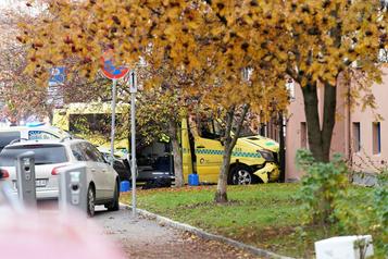Norvège: un homme armé vole une ambulance et fauche des passants