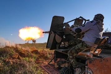La Russie accuse la Turquie de violer un accord sur la Syrie en soutenant militairement des rebelles