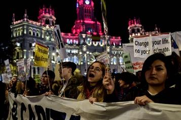 Manifestation à Madrid pour faire pression sur la COP25