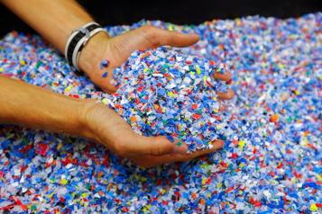 Des problèmes d'approvisionnement font augmenter le prix de la résine de plastique )