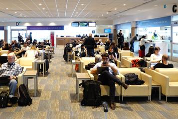 Canada Onze nouveaux aéroports vérifient la température des voyageurs)