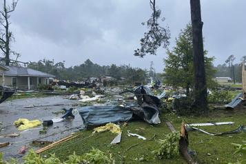 13 morts en Alabama Claudette reprend de la force)