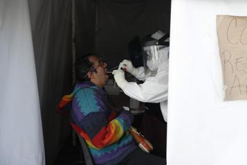 COVID-19 Le Mexique valide le vaccin AstraZeneca/Oxford )