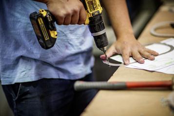 L'économie canadienne a perdu 1800 emplois en octobre