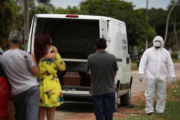 Le Brésil manque de tout pour affronter la vague du coronavirus