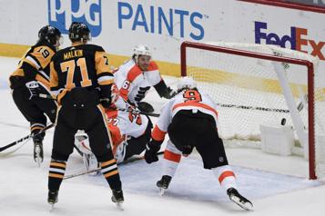 Jared McCann brise l'impasse pour donner la victoire aux Penguins)