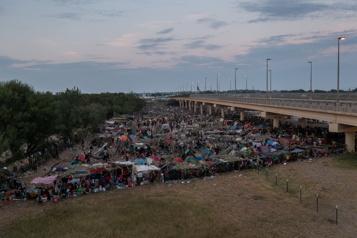 Négociations Mexique–États-Unis Un accord pour «endiguer le flux de la migration irrégulière»)