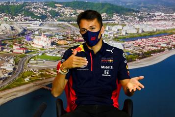 Formule 1 Alexander Albon remplacera George Russell chez Williams)
