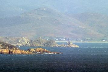 Meurtre d'un Sud-Coréen Pyongyang met en garde la marine sud-coréenne)