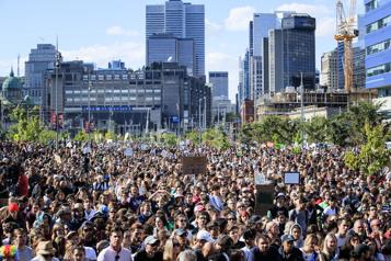 Marche pour le climat Des dizaines de milliers d'étudiants en grève)
