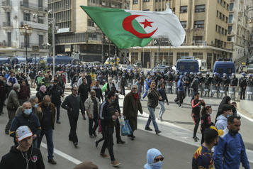 Algérie Plusieurs activistes du mouvement Hirak placés sous contrôle judiciaire)