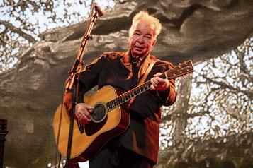 Le chanteur folk américain John Prine meurt à 73ans du coronavirus
