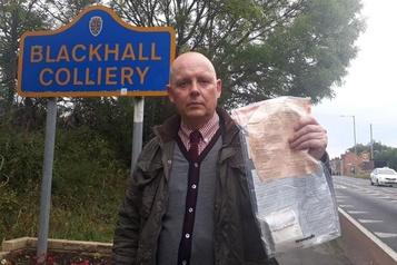 Apparitions mystérieuses de liasses de billets dans un village anglais