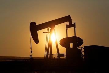 Le pétrole stable avant une réunion de l'OPEP+)