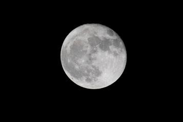La NASA et Nokia vont installer la téléphonie mobile sur la Lune)