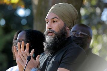 Gestion de la pandémie Singh attaque les conservateurs des Prairies)