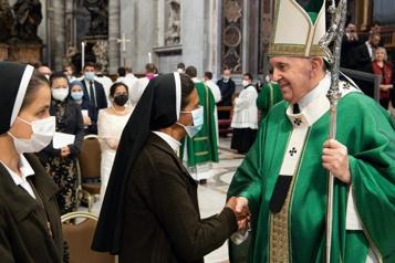 Religieuse enlevée par Al-Qaïda Libérée samedi, sœur Gloria reçue par le pape François