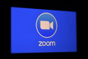 Les « accidents » intimes se multiplient sur Zoom)