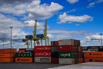 Grève générale illimitée au port de Montréal dès lundi)