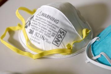 Le fabricant de masques de protection3M profite de la pandémie)
