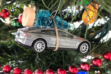 Les Québécois veulent la clef d'une auto électrique dans leur bas de Noël