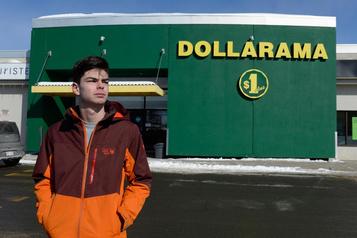 Pratique discriminatoire envers lesjeunes: un ado faitfléchir Dollarama