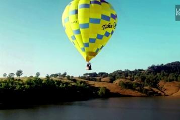 Un plongeon de haut vol depuis une montgolfière)
