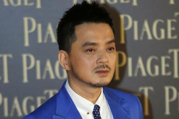 HongKong Un chanteur pop arrêté par l'unité anticorruption)